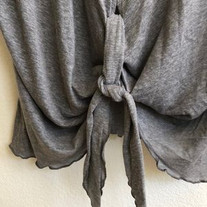 Mustard Seed Tops - Mustard Seed NWT Gray Top, Front-tie, Sz M